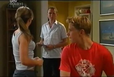 Steph Scully, Max Hoyland, Boyd Hoyland in Neighbours Episode 4492