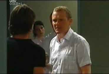 Gus Cleary, Max Hoyland in Neighbours Episode 4492