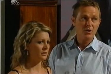 Izzy Hoyland, Max Hoyland in Neighbours Episode 4497