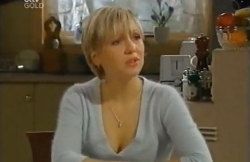 Sindi Watts in Neighbours Episode 4609