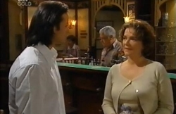 Alessandro Cortes, Lou Carpenter, Lyn Scully in Neighbours Episode 4610