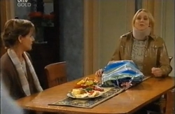 Susan Kennedy, Janelle Timmins in Neighbours Episode 4610