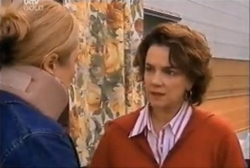 Janelle Timmins, Lyn Scully in Neighbours Episode 4611