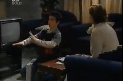 Stingray Timmins, Susan Kennedy in Neighbours Episode 4611
