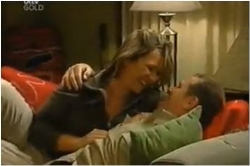 Steph Scully, Max Hoyland in Neighbours Episode 4615