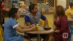 Imogen Willis, Brad Willis, Terese Willis in Neighbours Episode 6890