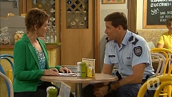 Susan Kennedy, Matt Turner in Neighbours Episode 6891