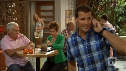Lou Carpenter, Susan Kennedy, Matt Turner in Neighbours Episode 6891