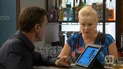 Paul Robinson, Sheila Canning in Neighbours Episode 6893
