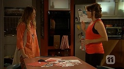 Sonya Mitchell, Naomi Canning in Neighbours Episode 6894
