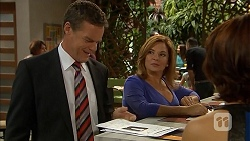 Paul Robinson, Terese Willis in Neighbours Episode 6894