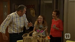 Karl Kennedy, Holly Hoyland, Susan Kennedy in Neighbours Episode 6895