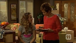 Holly Hoyland, Susan Kennedy in Neighbours Episode 6895