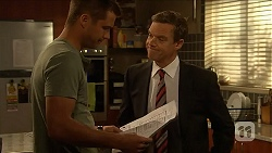 Mark Brennan, Paul Robinson in Neighbours Episode 6895