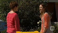 Susan Kennedy, Sonya Mitchell in Neighbours Episode 6895
