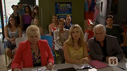 Sheila Canning, Susan Kennedy, Georgia Brooks, Lou Carpenter in Neighbours Episode 6896
