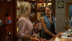 Lauren Turner, Paige Novak in Neighbours Episode 6898