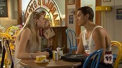 Amber Turner, Josh Willis in Neighbours Episode 6898