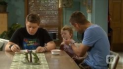 Callum Rebecchi, Nell Rebecchi, Mark Brennan in Neighbours Episode 6899