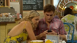 Georgia Brooks, Kyle Canning in Neighbours Episode 6900