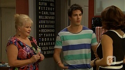 Sheila Canning, Chris Pappas, Naomi Canning in Neighbours Episode 6900