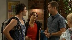 Chris Pappas, Naomi Canning, Mark Brennan, Sheila Canning in Neighbours Episode 6900
