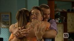 Sonya Mitchell, Callum Jones, Toadie Rebecchi in Neighbours Episode 6900