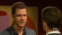 Mark Brennan, Paul Robinson in Neighbours Episode 6901