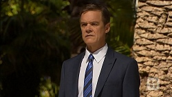 Paul Robinson in Neighbours Episode 6901