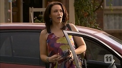 Libby Kennedy in Neighbours Episode 6903