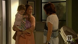Nell Rebecchi, Sonya Mitchell, Naomi Canning in Neighbours Episode 6905