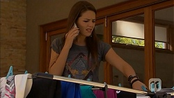 Paige Novak in Neighbours Episode 6906