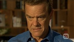 Paul Robinson in Neighbours Episode 6906