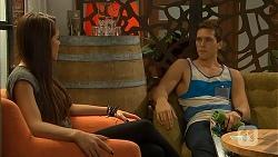 Paige Novak, Josh Willis in Neighbours Episode 6906