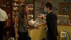 Paige Novak, Bailey Turner in Neighbours Episode 6906