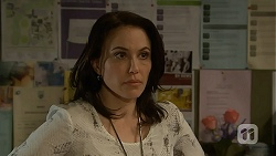 Libby Kennedy in Neighbours Episode 6908