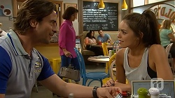 Brad Willis, Paige Novak in Neighbours Episode 6909