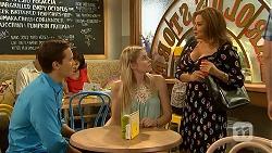 Josh Willis, Amber Turner, Terese Willis in Neighbours Episode 6910