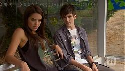 Paige Novak, Bailey Turner in Neighbours Episode 6910