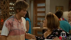 Daniel Robinson, Terese Willis in Neighbours Episode 6911
