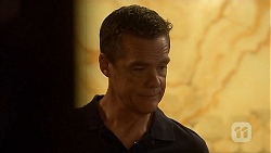 Paul Robinson in Neighbours Episode 6911