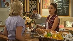 Lauren Turner, Paige Novak in Neighbours Episode 6912