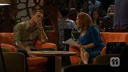 Mark Brennan, Terese Willis in Neighbours Episode 6913