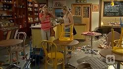 Lauren Turner, Amber Turner in Neighbours Episode 6913