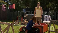 Amanda Lim, Kyle Canning in Neighbours Episode 6915