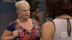 Sheila Canning, Naomi Canning in Neighbours Episode 6916