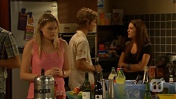 Amber Turner, Daniel Robinson, Paige Novak in Neighbours Episode 6917
