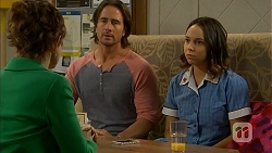 Susan Kennedy, Brad Willis, Imogen Willis in Neighbours Episode 6919