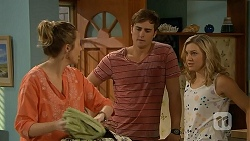 Sonya Mitchell, Kyle Canning, Georgia Brooks in Neighbours Episode 6921