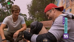 Daniel Robinson, Karl Kennedy in Neighbours Episode 6921